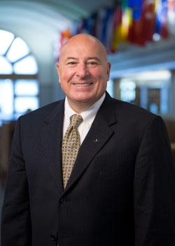 Portrait of David Hinson.