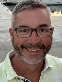 Portrait of Mike Gunnels.