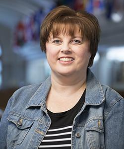 Portrait of Kim Pearson.