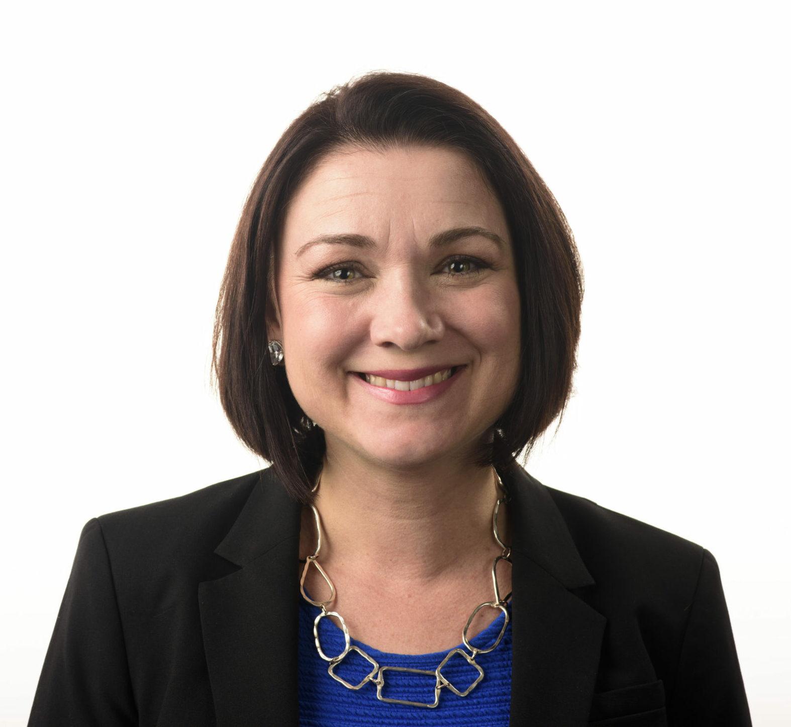 Portrait of Tamara Keith.
