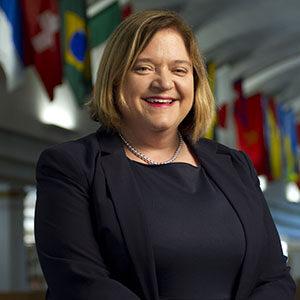 Portrait of Laurie Edmondson.