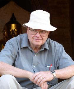 Portrait of Earl Hackett.